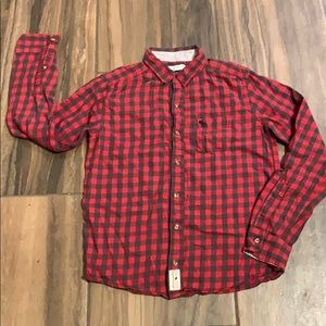 ABERCROMBIE KIDS BUTTON DOWN LONG SLEEVES    0079